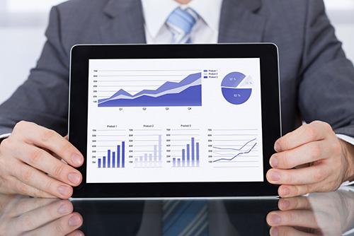 Ce este un KPI (Key Performance Indicator) dashboard?