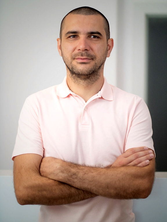 Sergiu Dangulea General Manager Spy Shop comunicat senior